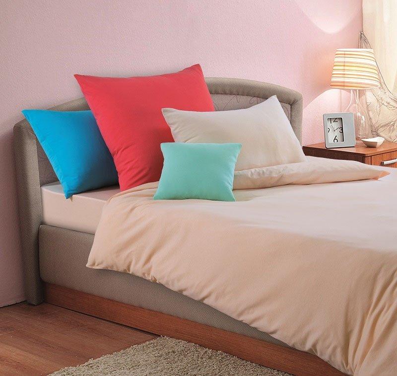 искренних картинка кровать с подушками человека